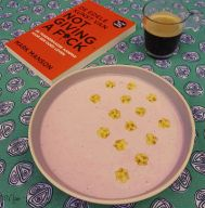 Strawberry Banana Skyr Healthy Lunch dessert Breakfast coffee Book Mark Mansons De edele kunst van not giving a fuck