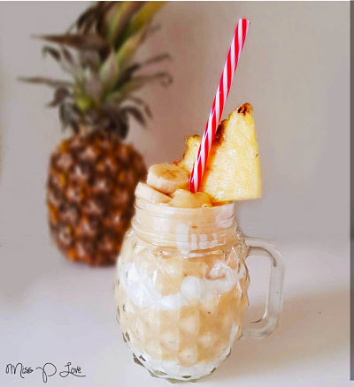 Pineapple smoothie almondmilk banana Healthy Lunch dessert Breakfast drink